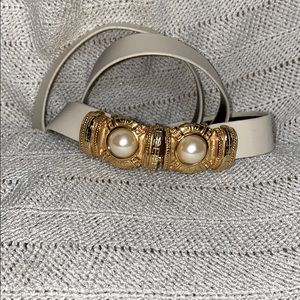 Vintage cream adjustable belt with faux pearls